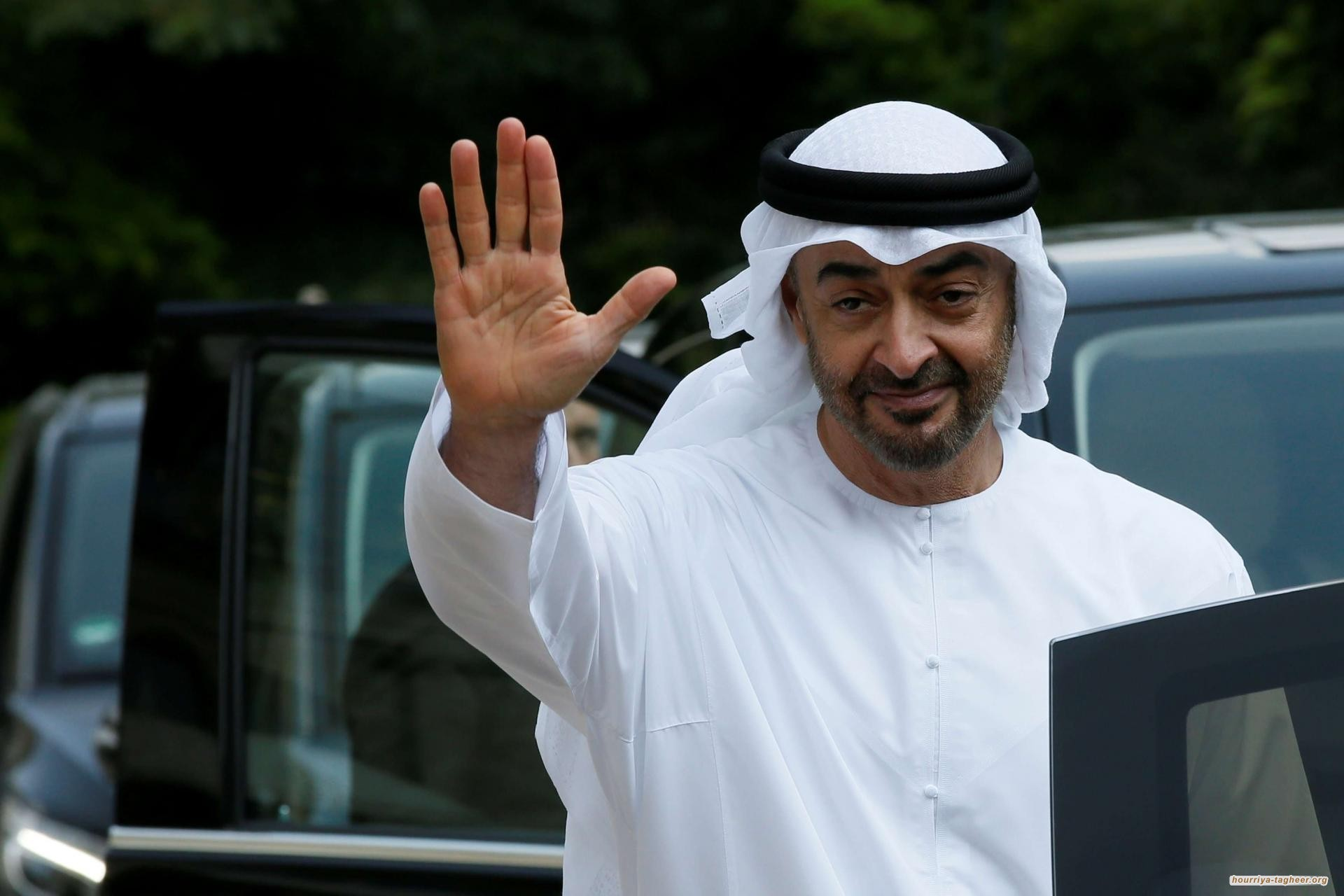 سعوديون غاضبون من زيارة وفد أبو ظبي لطهران