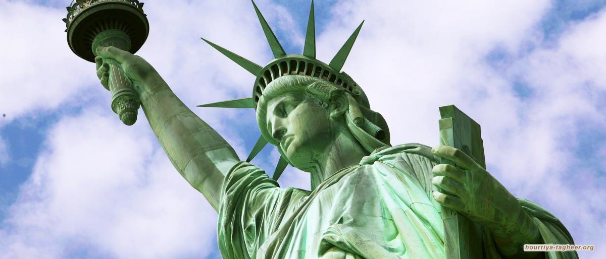 ماذا يفعل تمثال الحرية الأمريكي في جدة
