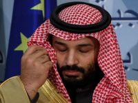 """بن سلمان يسقط """"سيف"""" العلم السعودي بجدارة"""