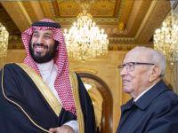 السعودية والإمارات يواصلان العبث في تونس