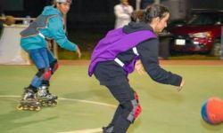 السعودية تجهز فريقاً نسوياً للتزلج بكرة قدم يمثلها دولياً