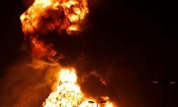 طائرات الحوثي استهدفت أنابيب أرامكو بشكل دقيق