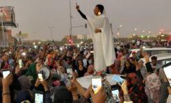 المليارات الخليجية تتدفق على السودان لسرقة ثورته