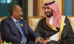 انحياز السعودية للعسكر يربك المشهد في السودان