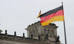 ألمانيا تمدد حظر تصـديــر السـلاح للريـاض