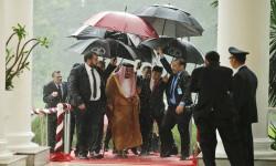 صحيفة هندية: السعودية تستغل فقر الدول لنشر فكرها المتطرف بأموالها