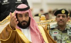 سبقته 20 سيارة خاصة و6 أخرى محملة بالأغراض؛ بن سلمان الى القاهرة