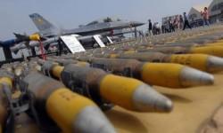 الغارديان ثلثي البريطانيين يعارضون بيع السلاح للسعودية بسبب جرائم الحرب