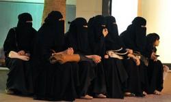 المرأة السعودية ضحية قوانين لا تحميها من العنف