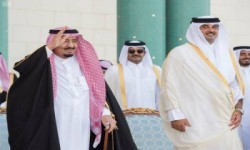 """أطراف الأزمة الخليجيّة """"تتوغّل"""" في المناطق المُحرّمة.. والسعوديّة تُلوّح بتغيير النّظام القَطري وشَق الأُسرة الحاكمة .."""