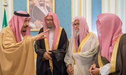 آل سعود تلاعبوا بالنفط والدين للبقاء في السلطة