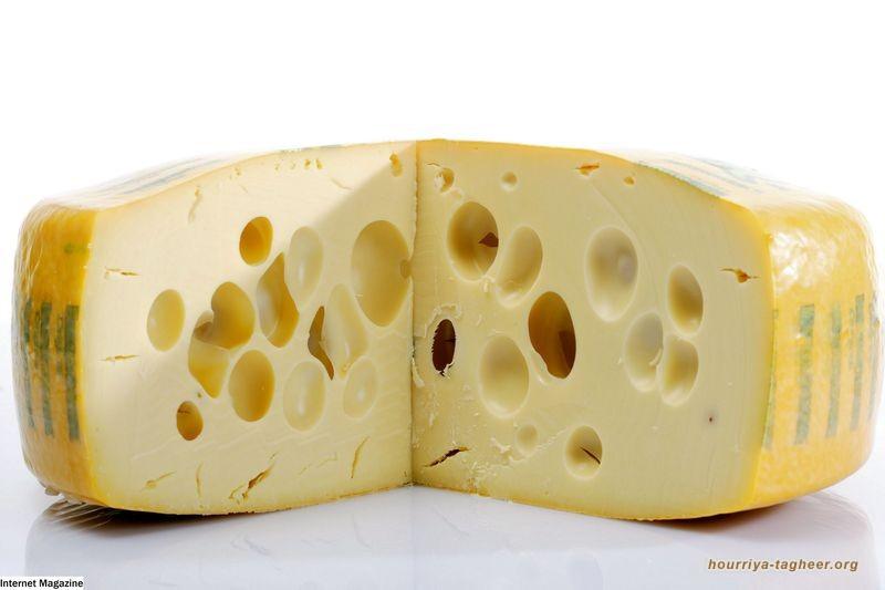 """بن سلمان.. بين حال """"الجبنة السويسرية"""" والبحث عن إنجاز سياسي"""