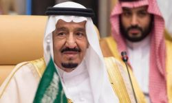 """مصدر: توتر في الديوان الملكي والملك سلمان يستشعر بـ""""انقلاب داخلي"""""""