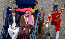 فورين أفيرز: خسائر سعودية كبيرة بالعالم الإسلامي بسبب كورونا
