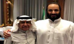 هاجم الإسلام السياسي.. تركي الحمد: الديمقراطية في تونس إخوانية