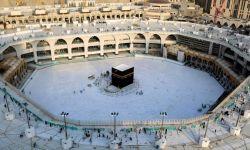 آل سعود يوقفون الصلاة بالحرمين والرحلات والمواصلات العامة