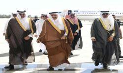 الملوك والرؤساء يعزون الكويت بوفاة أميرها .. أين الملك سلمان ونجله؟