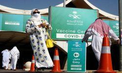 السعودية تعلن تطعيم 50% من المواطنين والمقيمين بالجرعة الأولى من لقاح كورونا