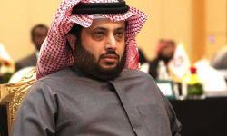 تركي آل الشيخ يتحدث بصعوبة بأول ظهور بعد العملية