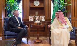 الكشف عن وصول أول شحنة أسلحة من آل سعود لميليشيات حفتر