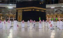 السعودية تعلن إقامة صلاة التراويح في الحرمين الشريفين