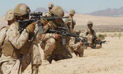 """الإمارات تعلن التعبئة في صفوف الانتقالي والسعودية تسلح """"الاخوان"""" بشحنة مدرعات واطقم"""
