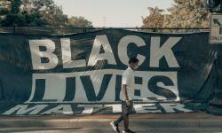 كاتب سعودي: حراك السود بأمريكا تخريبي ومؤامرة على ترامب
