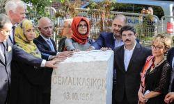صحفيون وحقوقيون يحيون ذكرى خاشقجي أمام القنصلية السعودية بإسطنبول