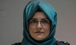خديجة جنكيز تدعو الدوري الإنكليزي لوقف استحواذ السعودية على نيوكاسل يونايتد