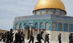الهرولة للتطبيع مع إسرائيل جرأتها على انتهاك المقدسات