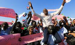 السعودية تتحكم بالمجلس العسكري السوداني