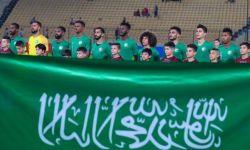 زيارة المنتخب السعودي لفلسطين.. دعمٌ أم تطبيع