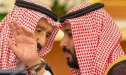 سلمان يعبث بالديوان الملكي لصالح ابنه