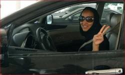 هاشتاغ قيادة المرأة الشهر القادم يثير ضجة على تويتر!