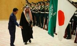 موقف محرج يتعرض له سلمان بن عبدالعزيز في اليابان … اضحك على ملك الزهايمر ( بالفيديو)