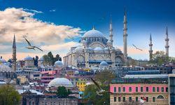 كيف استغلت السعودية والإمارات السياحة في عدائها لتركيا