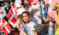 اليسار الدنماركي يطالب بتجميد تصدير الأسلحة للسعودية