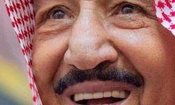تمثيلية سعودية في اليمن.. اقصف واقتل وبعد ذلك تظاهر بتقديم المساعدة