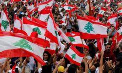 لبنانيون يطردون طاقم قناة العربية من بيروت