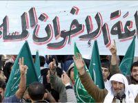 النظام السعودي يكفر الإخوان المسلمين بعد احتضانه لهم لعقود