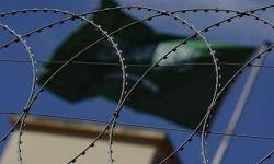 تمرد في معسكر لآل سعود باليمن.. مقتل وإصابة واعتقال مئات الجنود