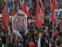 آل سعود يُعاقبون الفلسطينيين ويبتزونهم